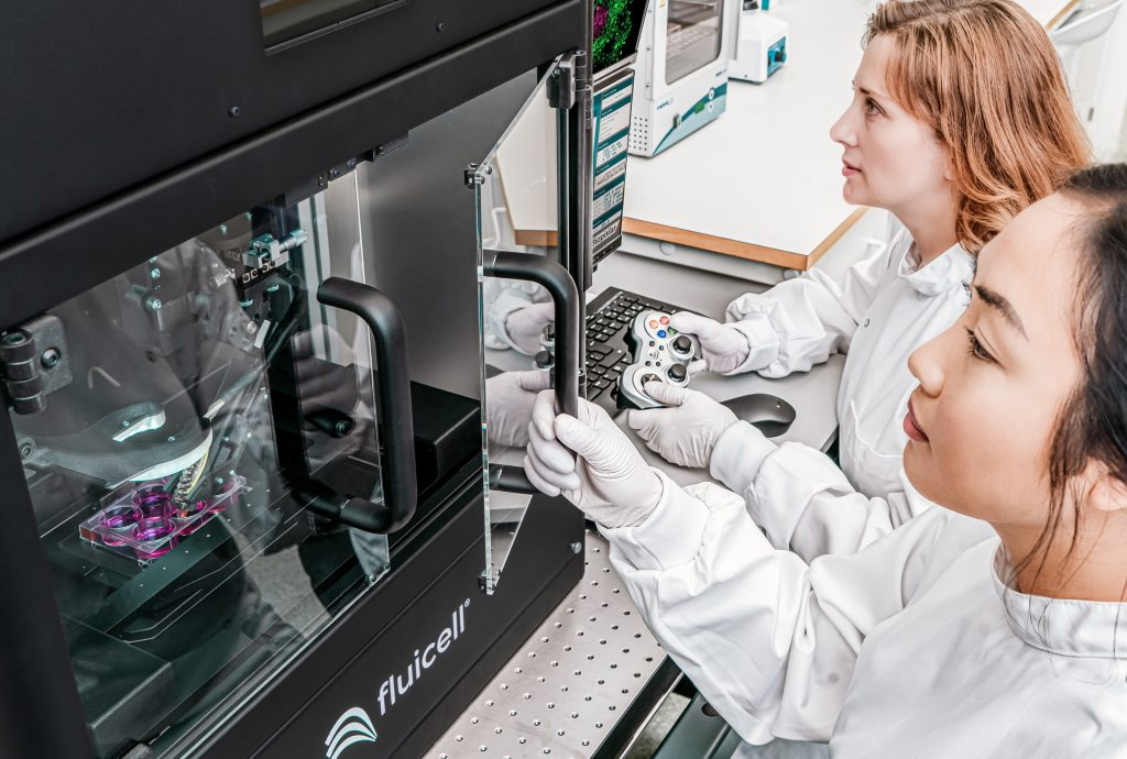 Two scientists using the Biopixlar